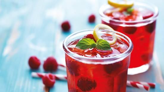 Gin koktel s malinama (Alkoholno piće)