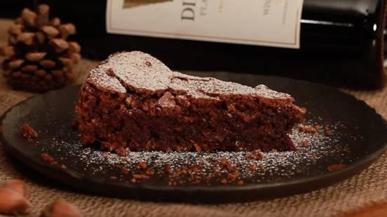 Čokoladna torta od lješnjaka - bez brašna