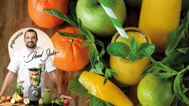 Smoothie od mandarina, jabuke, mrkve, špinata i zobenih pahuljica