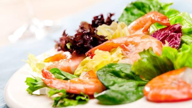 Salata od račića s umakom od limete